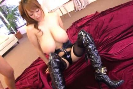 Hitomi tanaka leather